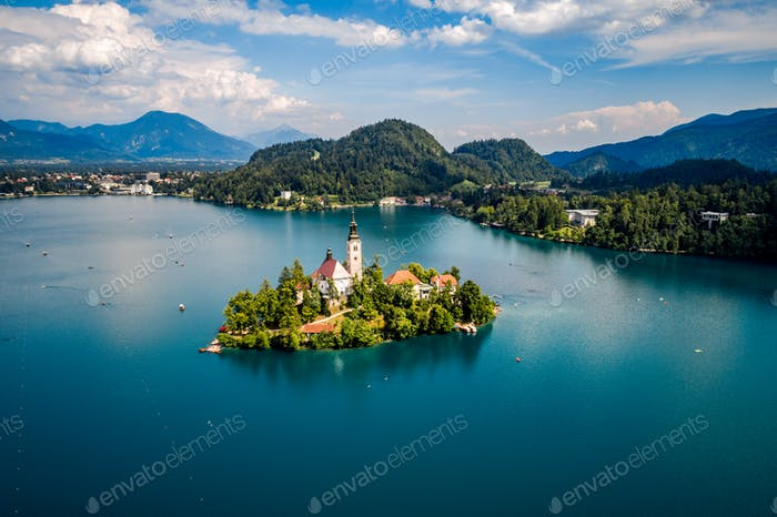 Eslovenia - resort Lago Bled.