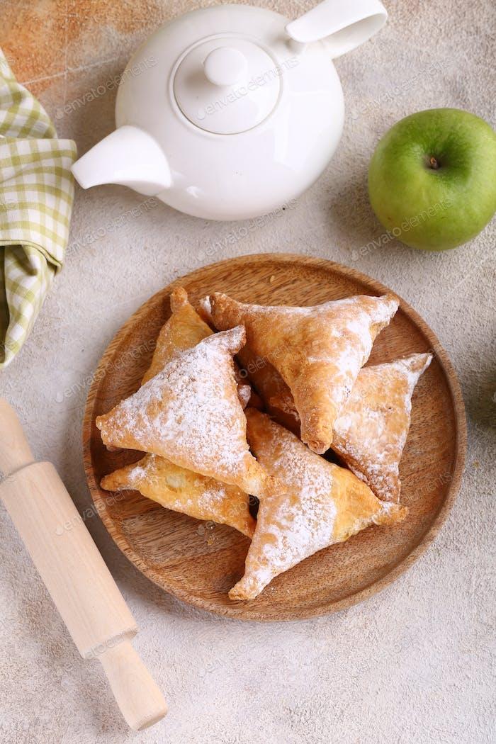 Blätterteig mit Apfel