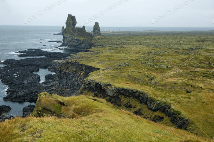 Two major basalt formations at Londrangar