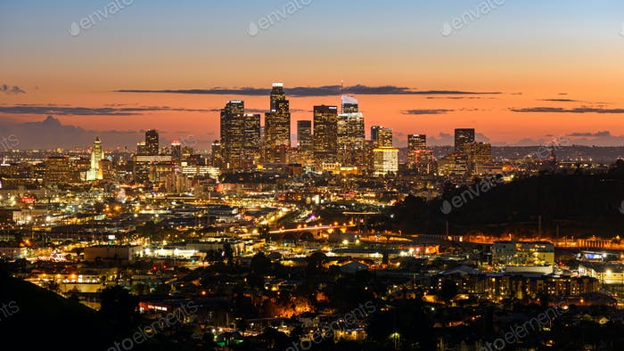 Downtown Los Angeles Skyline bei Sonnenuntergang