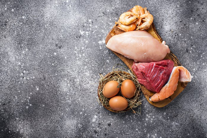 Rind- und Hühnerfleisch, Fisch und Garnelen