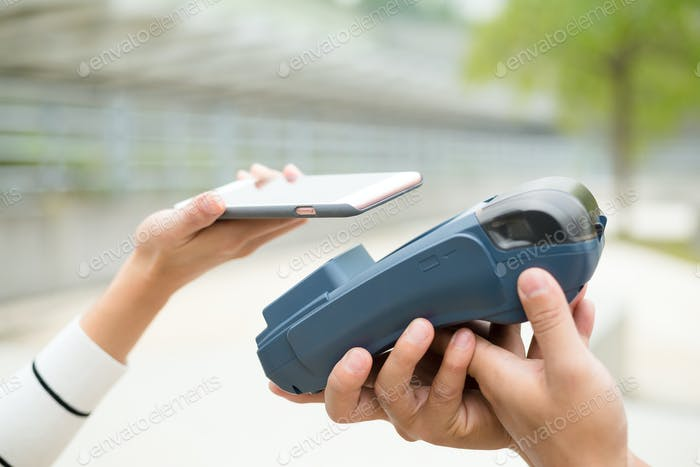 Customer pay on cellphone