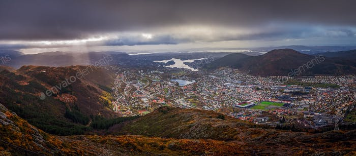 Panoramic view of Bergen town as seen from the top of Mount Ulri