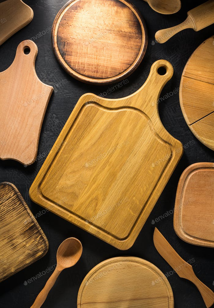 pizza cutting board at black