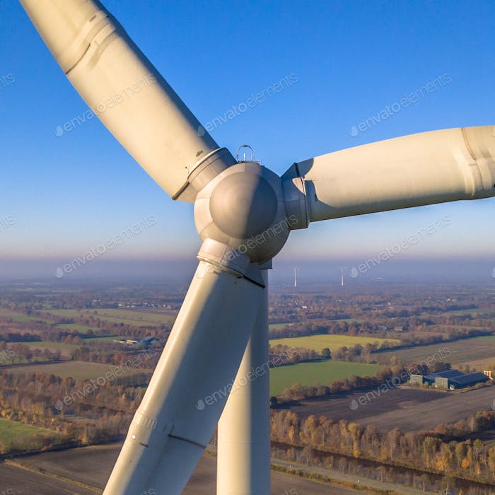Rotor and Nacelle of Wind Turbine square
