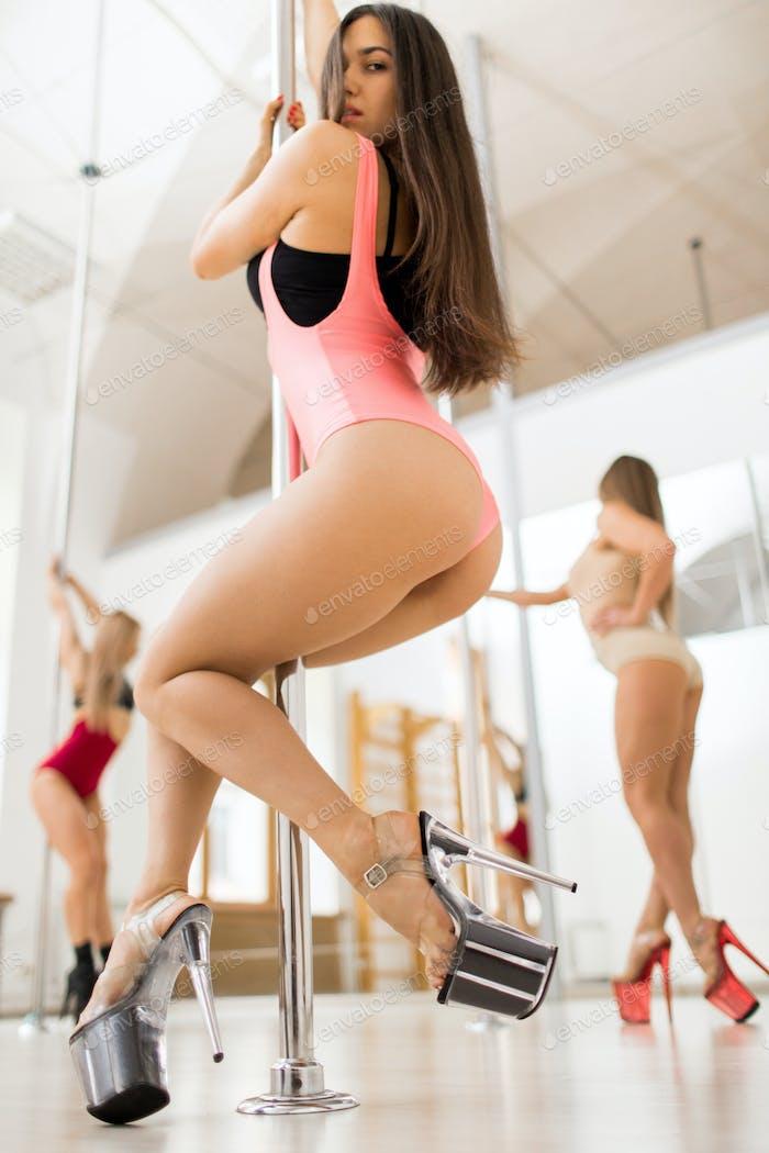 Poledance performance