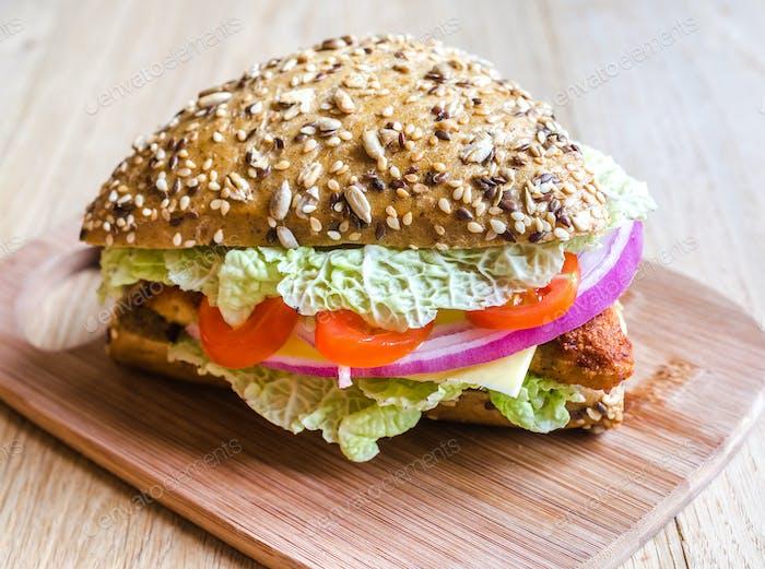 Dreieck Vollweizen-Brötchen Hamburger