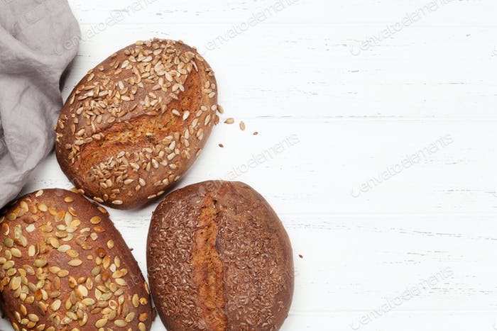 Verschiedene hausgemachte Brot