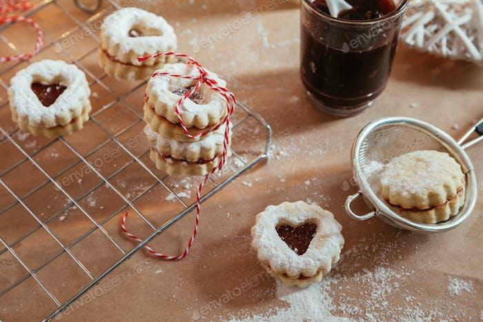 Jam Filling Linzer Cookies