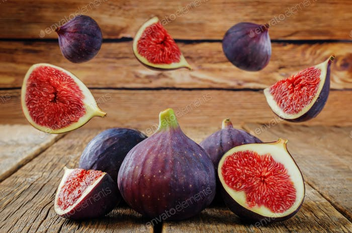 Flying Figs fruits