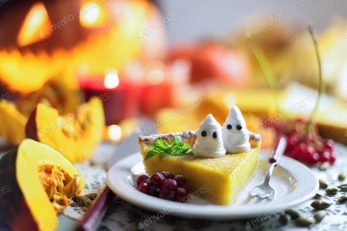 Kürbiskuchen für Halloween