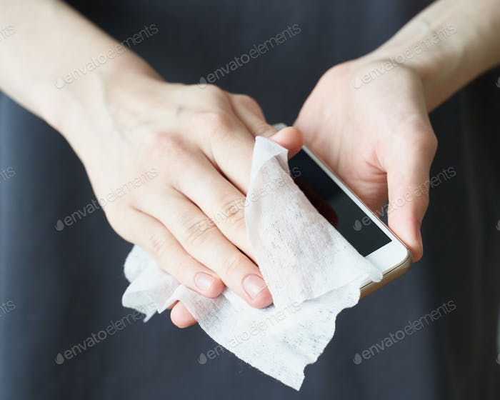 Woman wash hand sanitizer gel, to prevent illness Novel coronavirus (2019-nCoV) after public place