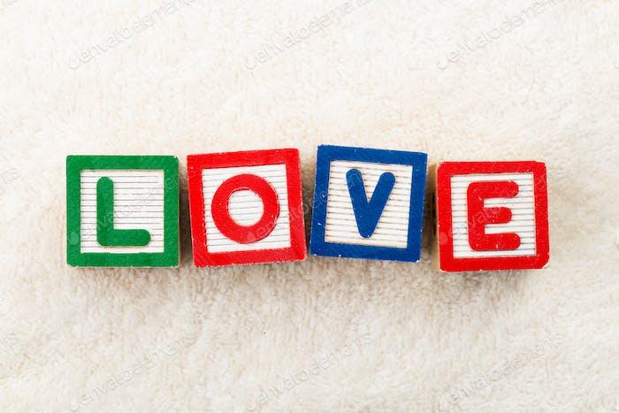 Love bloque de juguetes de madera