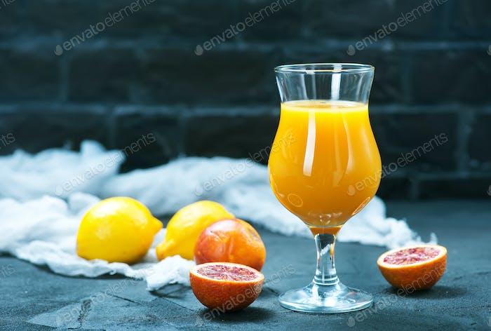 orange juice and orange