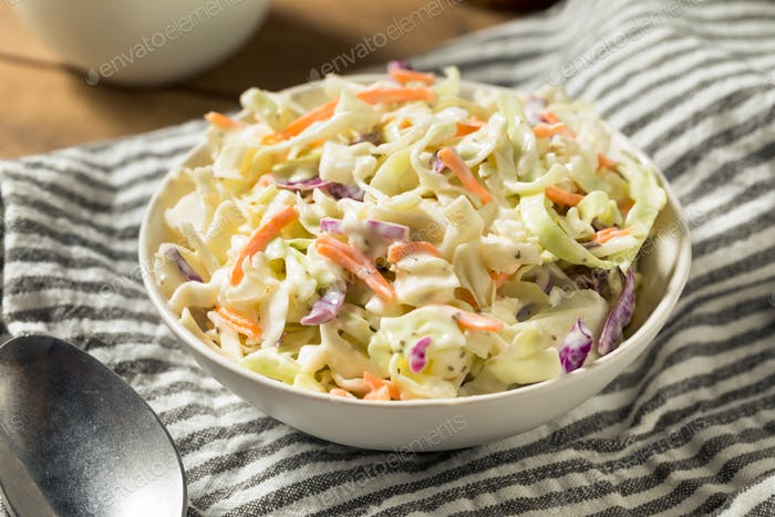 Hausgemachter Cremiger Kohlsalat