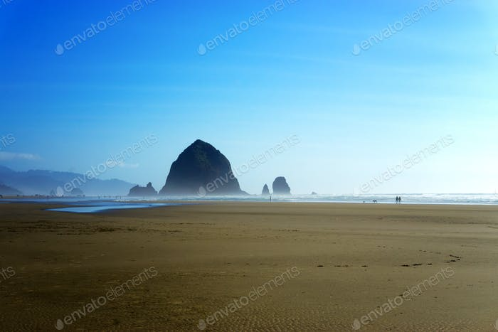 Heuhaufen Felsen am Cannon Beach