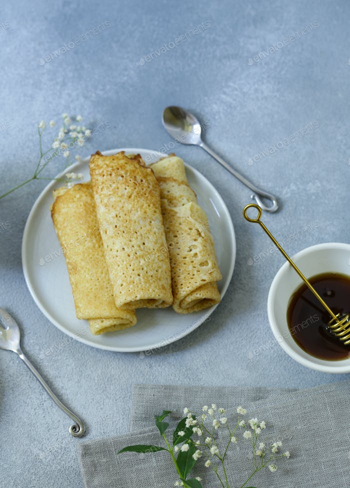Homemade Thin Pancakes