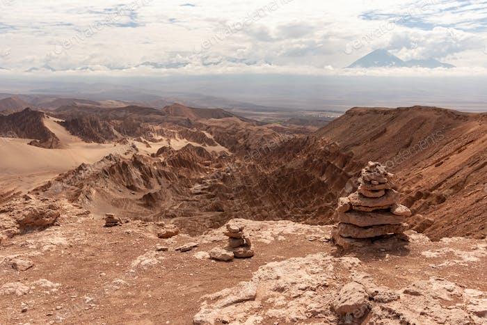 Malerische Landschaft von rauem Felsen in Atacama, Chile