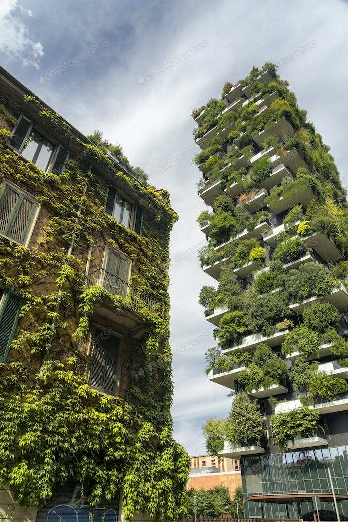 Bosco Verticale and old building in Milan