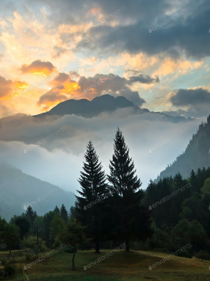 Sunrise over Les Deux Alpes
