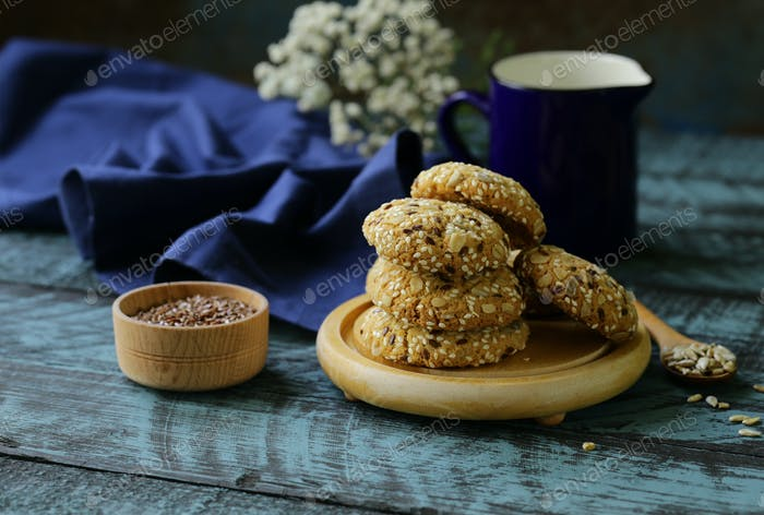 Cereal Biscuits with Seeds