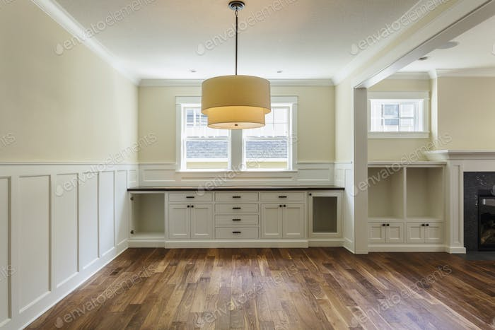 54532,Built-in shelves in dining room
