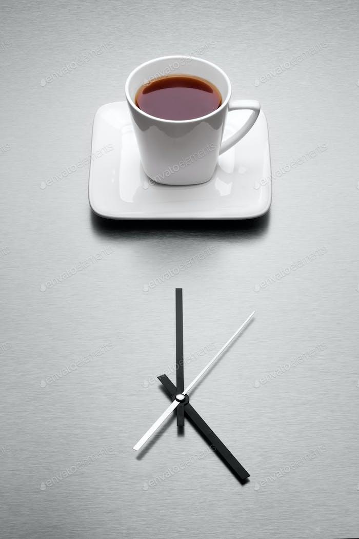 Wenn der Tag fertig ist, kommen die Teatime.