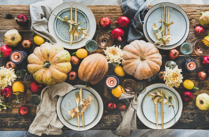 Table setting for Thanksgiving day party or family dinner