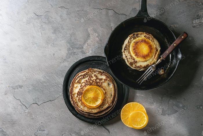 Pfannkuchen mit Orange