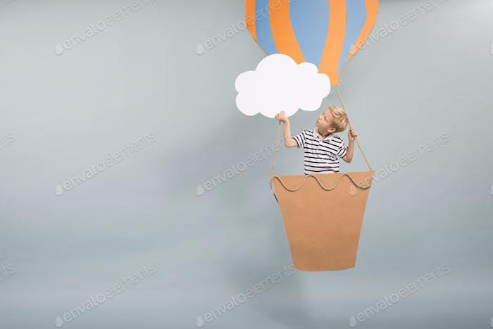 Dreamy hot air ballon flight