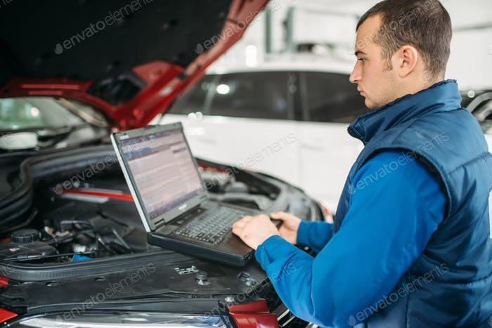 Computer diagnostics of the car in auto-service