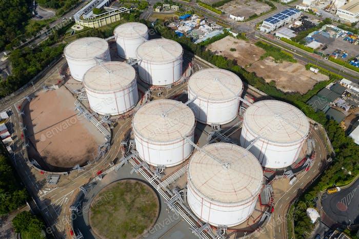 Tuen Mun, Hong Kong 19. Juli 2020: Kohlekraftwerk mit Öltank in Hongkong