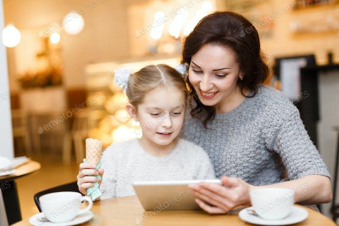 Internet in cafe