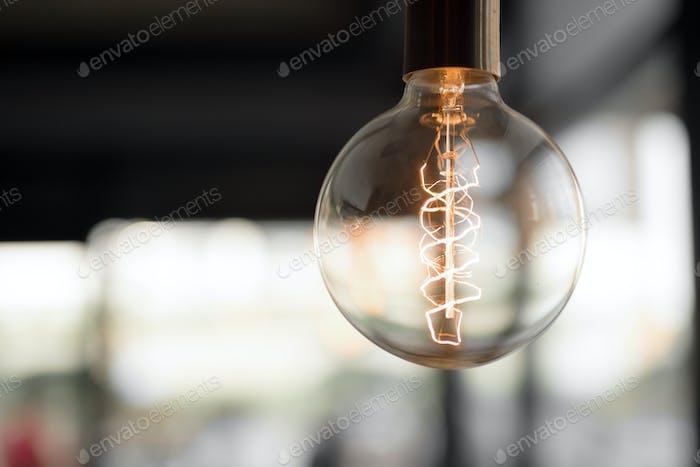Schöne Glühbirne