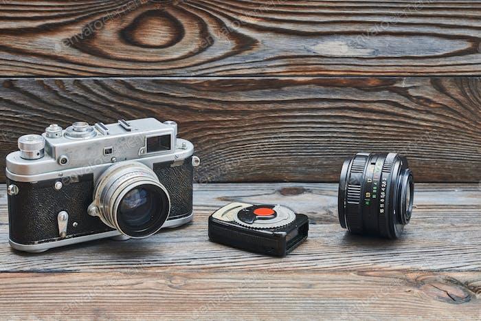 Vintage alte Retro-35mm Entfernungsmesser Kamera und Lichtmesser