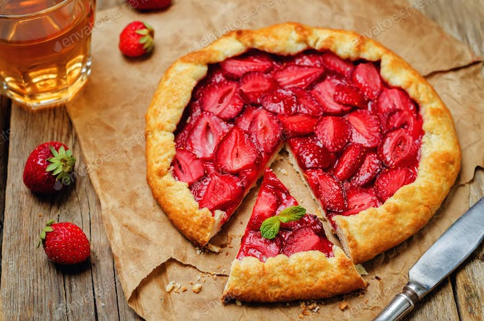 Strawberry galette with fresh strawberries