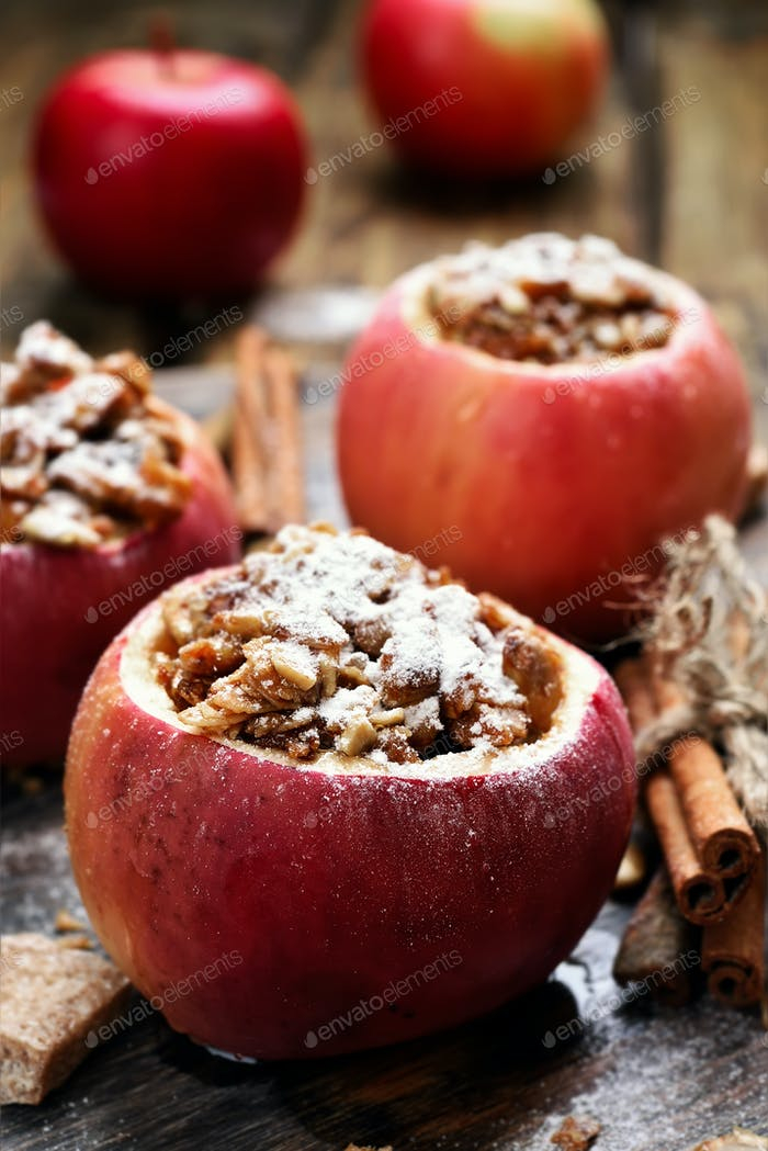 Dessert baked apples