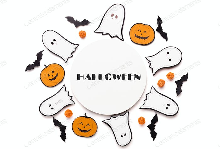 Round Composition of ghosts and pumpkins on white