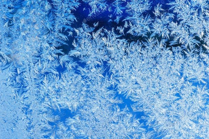 Eiskristalle auf einem Fenster