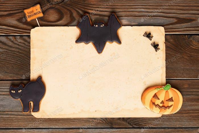 Halloween-Einladung über Holzhintergrund