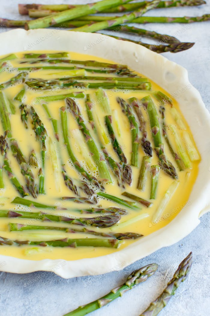 Asparagus Quiche preparation