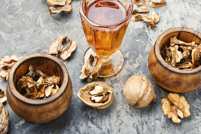 Natural tincture of nuts