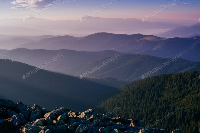schöne Landschaften in den Bergen