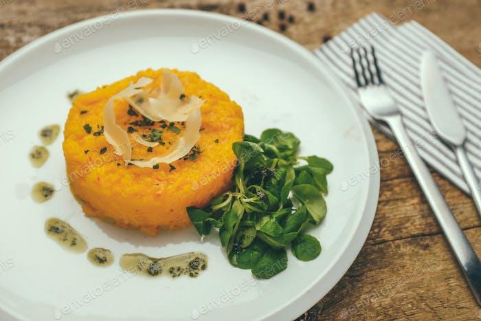 saffron risotto alla milanese