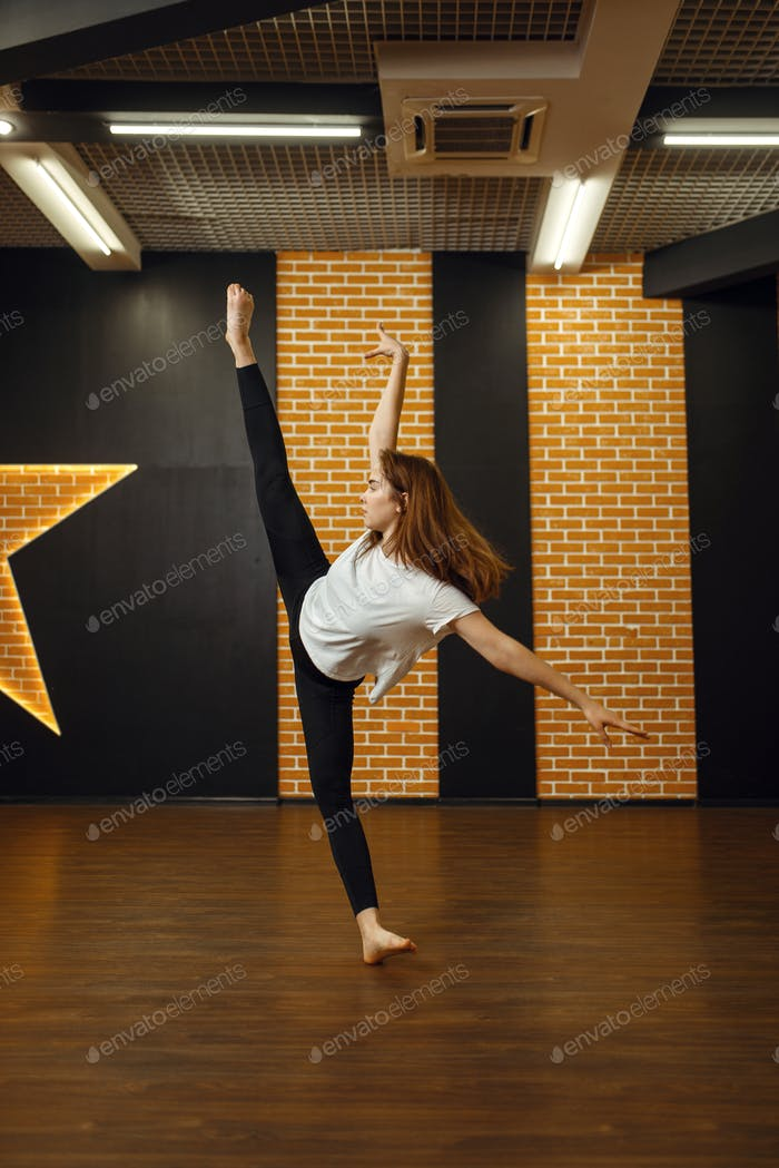 Contemporary dance performer, woman in studio