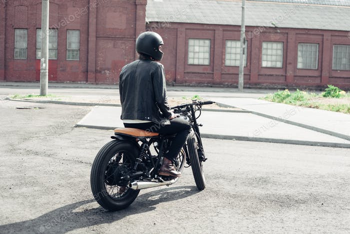 Biker und Vintage Custom Motorrad