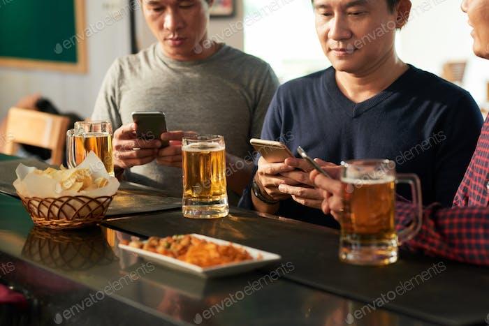 Addicted to smartphones