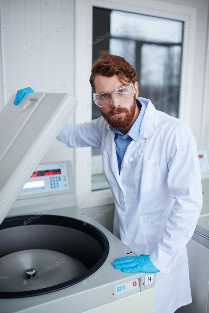 Work in scientific lab