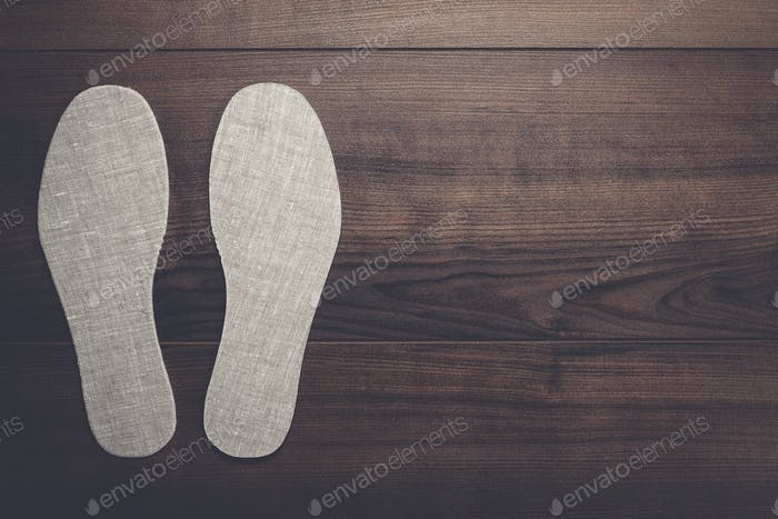 plantillas para zapatos sobre Fondo de De madera