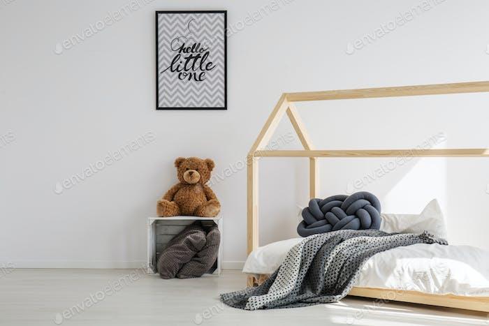 Minimal kid room